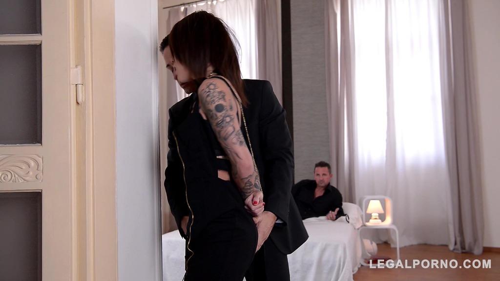 Spanking & choking makes Nikita Bellucci's asshole gape