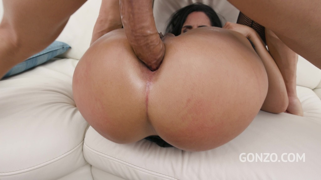 Bubble butt latina Linda del Sol assfucked 5on1 with Double Penetration SZ2583