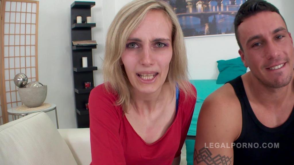 Jenny fucked in casting NR385
