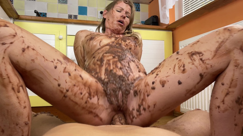 Double cumshot, anal sex, chocolate pudding, pregnant
