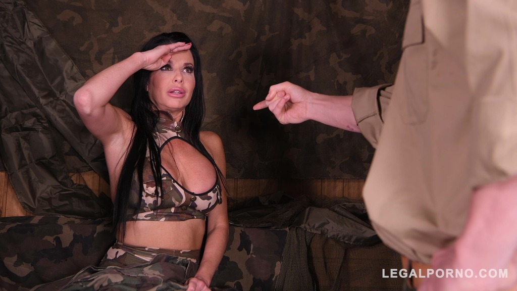 Deep & hard double penetration at the army base gives Veronica Avluv orgasms...
