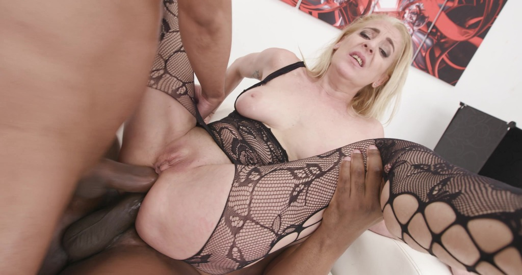 Custom Content! A user ordered this, and we shot it! Yelena Vera 2on1 BBC DAP, Gapes, Ass Licking and Creampie GL441