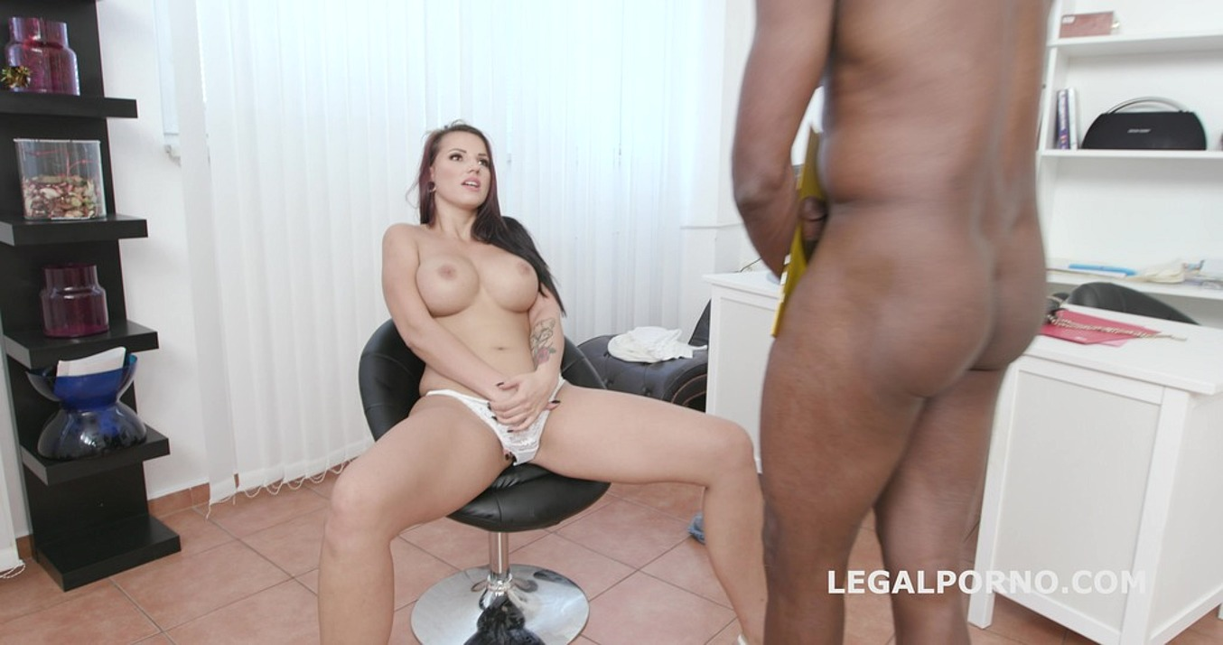 Jolee Love in Psycho Doctor with Jolee Love #1 She got a problem and Mike can fix it, Balls Deep Anal, Gapes, Cum in the ass GIO1151