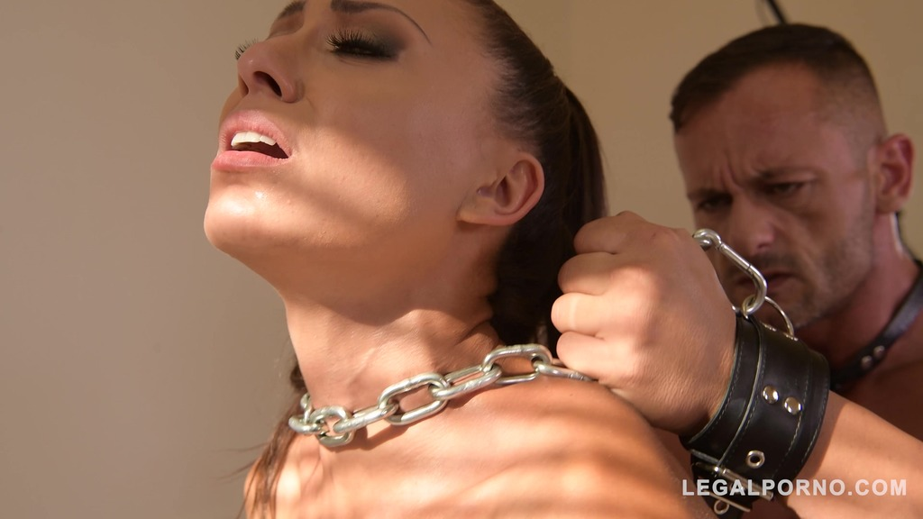 Golden shower finish after BDSM ass fucking makes domina Cassie Del Isla cum GP269