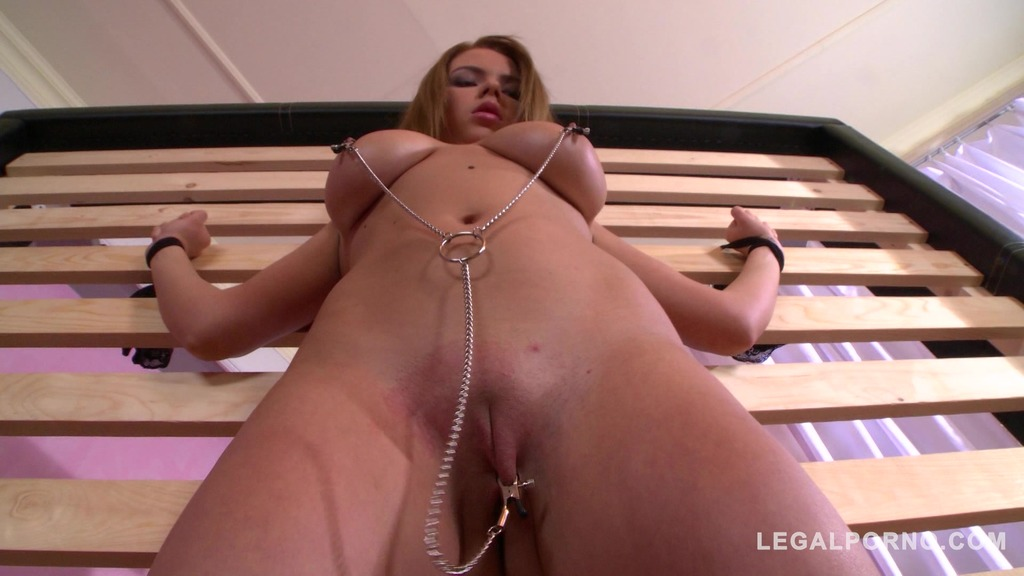 Spanking & nipple clamps give BDSM babe Marina Visconti orgasmic sensations GP735
