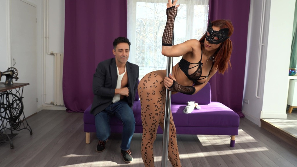 Hot pole dancer Veronica Leal seduced her neighbour and got her tight ass fucked on NY's eve MSV012