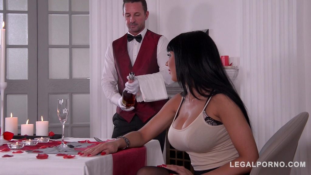 Hubby shares hot busty wife Valentina Ricci with waiter on Valentines Day GP491