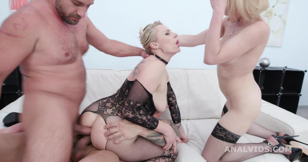 Just Lick it! Brittany Bardot & Rebecca Sharon Rose Worship with Balls Deep...