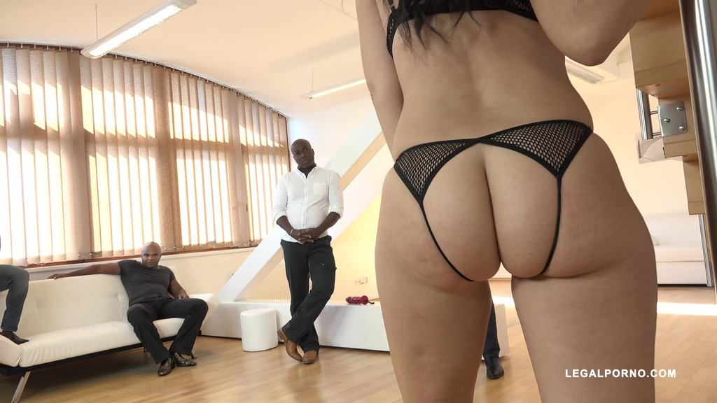 Eloa Lombard milf whore enjoys five black cocks & gets DAP'ed IV106