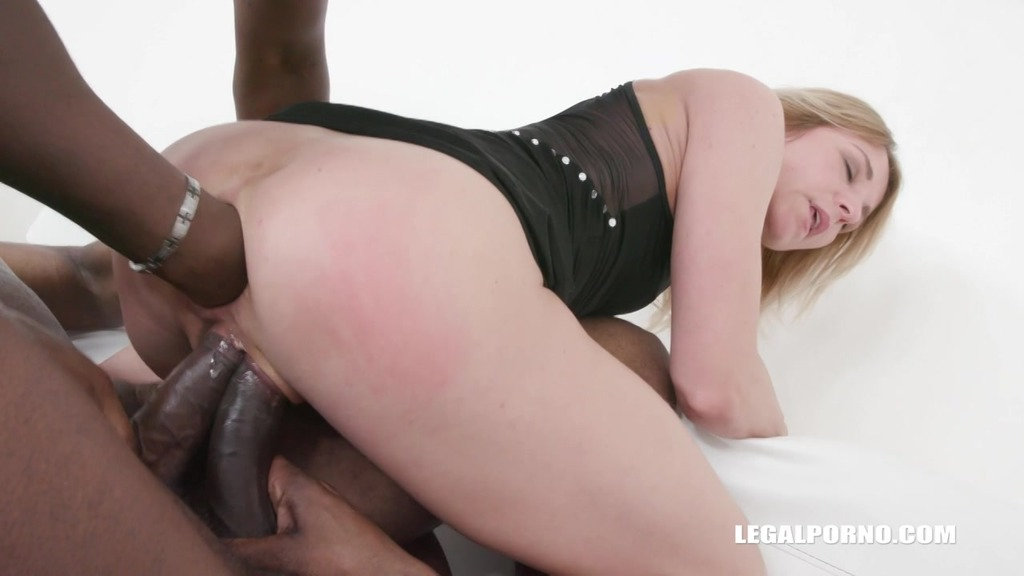 Sindy Rose triple anal & anal acrobatic games IV280