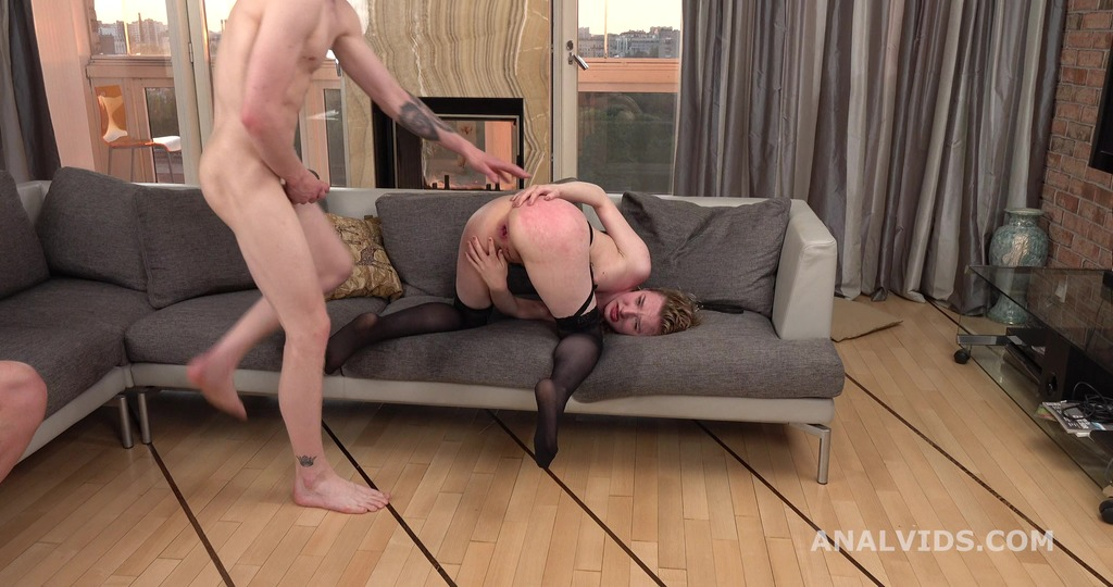 Lizi Smoke Drinks Pee and gets totally used with DAP, Gapes, Anal Fisting and Insane Cumshot GL223