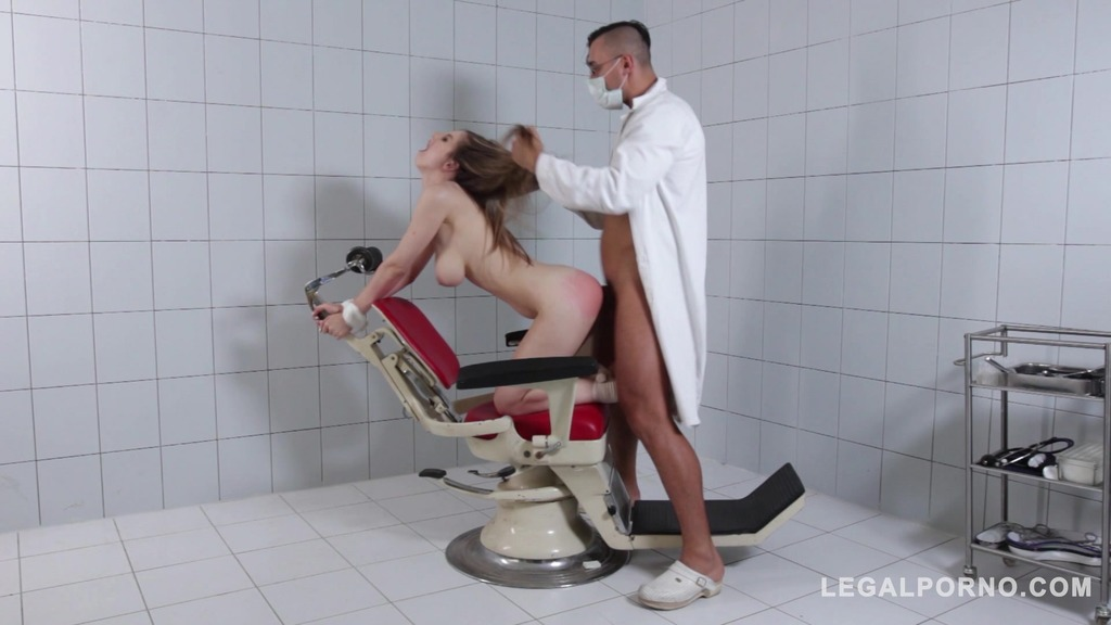 DoMina K Medinant Doc spanks, chokes & fucks petite Italian Stella Cox at the clinic GP631