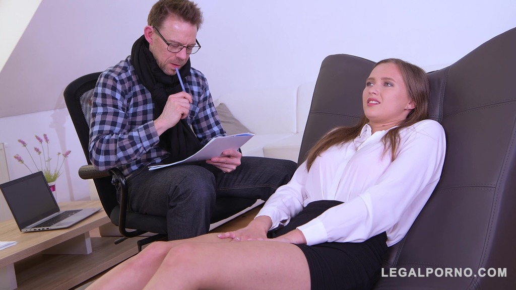 XXXtra hot college student & sex addict Stacy Cruz fucked by sex therapist GP843