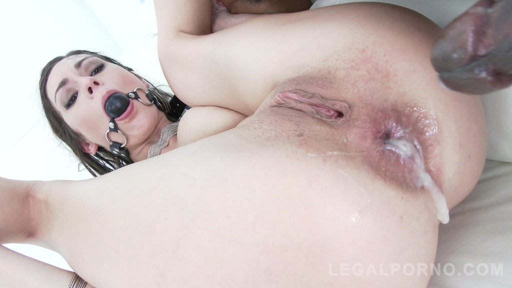 Arwen Gold rough double anal & creampie with two BBC SZ1339