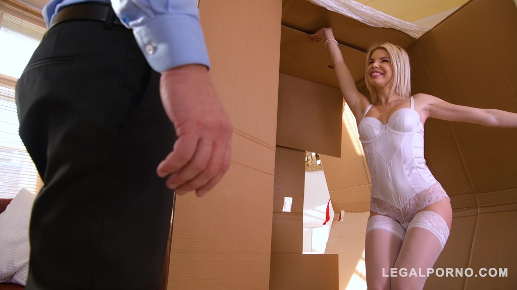 Blonde sex goddess Olivia Sin delivered in big surprise box to horny guy GP620