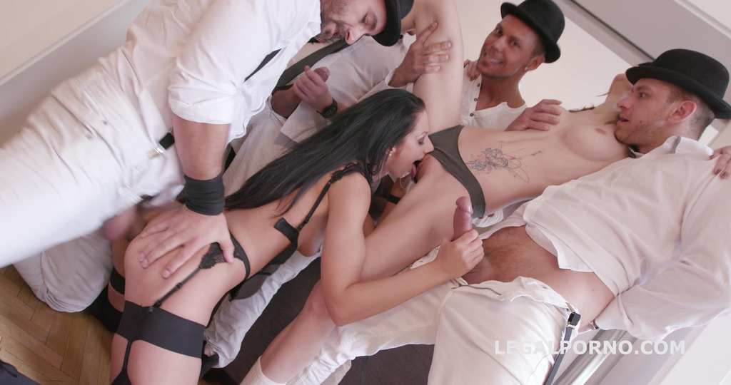 July Sun wants the Clockwork Gang. No Pussy /DAP /GAPES /ATOGM /Swallow. The milk gets everywhere GIO280