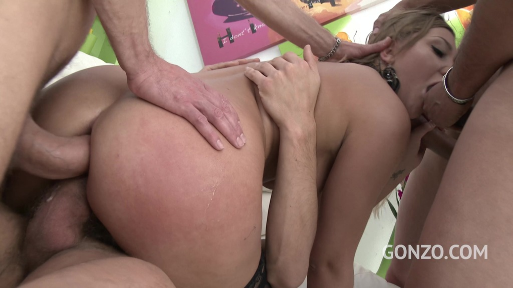 Vyvan Hill assfucked by five guys with DP and double pussy SZ1716